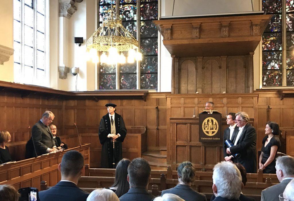 Brandwondenarts Jan Dokter promoveerde op 20 december aan de Universiteit Leiden.
